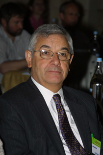 Dr. Jorge R. Barrio, a professor of molecular and medical pharmacology at the David Geffen School of Medicine at UCLA. Image courtesy of David Geffen School of Medicine at UCLA