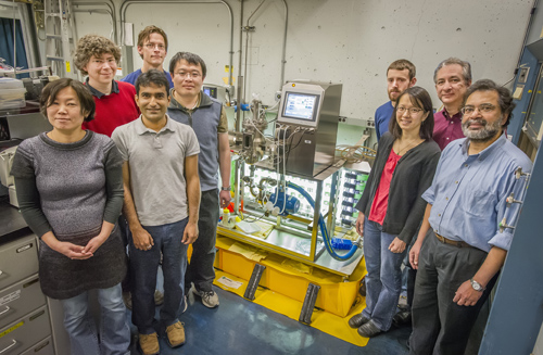 Berkeley Lab researchers led a study of the photosystem II protein complex that could one day pave the way for renewable energy through artificial photosynthesis. (Photo by Roy Kaltschmidt)