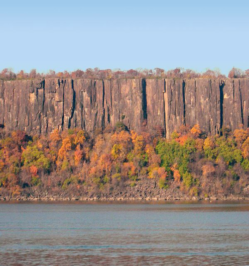 Palisade Sill near Alpine, N.J., has geologic remnants of the end-Triassic extinction event. Image credit: Terrence Blackburn and Paul Olsen