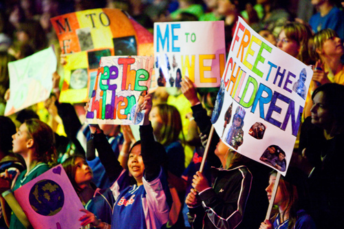Youth gather at We Day to discover how they can channel their talent, energy, focus and expertise to solve societal challenges in their local communities and around the world. Image credit: Microsoft