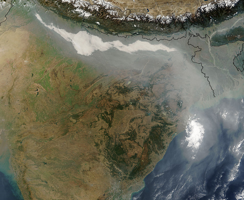 Image showing thick haze and smoke along the Ganges Basin in northern India. Image credit: NASA