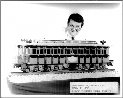 Wayne Wesolowski with his 1/12 miniature car. What color should it be? (Image credit: Benedictine University Library)