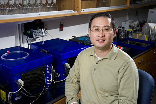 Zhaohui 'Aleck' Wang, the study's lead author and a chemical oceanographer at Woods Hole Oceanographic Institution (WHOI), worked with colleagues from 11 institutions across the U.S. to better understand the coastal ocean's sensitivity to changing chemistry. (Photo by Tom Kleindinst, Woods Hole Oceanographic Institution)