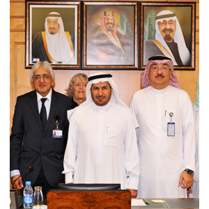 Professor Alimuddin Zumla, UCL Research Department of Infection (left), with Dr Abdullah Al-Rabeeah, Minister of Health, KSA (centre) and Professor Ziad Memish, Deputy Minister, KSA (right). Image credit: University College London