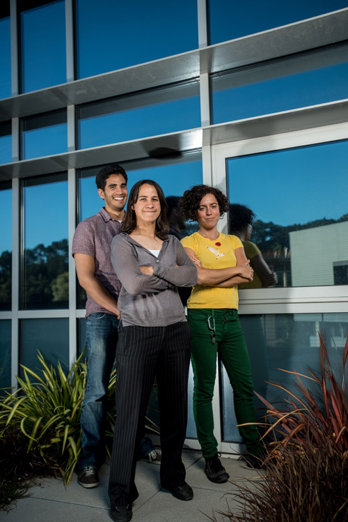 From left: Guillermo Garcia, Delia Milliron, and Anna Llordés created a new electrochromic material that can dynamically control transmission of both visible light and near-infrared light, enabling a new generation of smart windows. (Team member Jaume Gazquez not shown.). Image credit: Berkeley Lab
