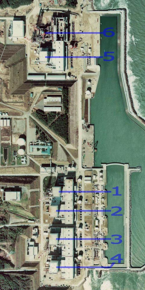 "Fukushima I Nuclear Power Plant. Medium crop showing reactors labeled 1 to 5 and site for reactor 6. North is up. Image credit: ""National Land Image Information (Color Aerial Photographs), Ministry of Land, Infrastructure, Transport and Tourism"", Japan."
