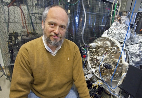 Dmitry Budker is a UC Berkeley physics professor with Berkeley Lab's Nuclear Sciences Division and a leading authority on NV center physics. (Photo by Roy Kaltschmidt)