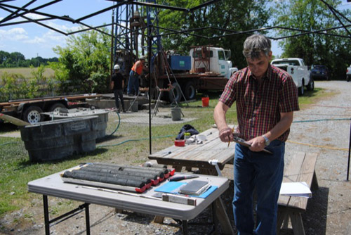 Scott Andres at a groundwater well drilling site near Smyrna, Del. Photo by Teresa Messmore