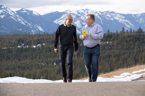 Satya Nadella & Stephen Elop share a moment together. Microsoft CEO Satya Nadella (left) and executive vice president of Microsoft Devices Group Stephen Elop share a moment as the deal that brings together Microsoft and the Nokia Devices and Services business closes today. Image credit: Microsoft