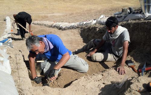 Excavation work at Surezha. Image courtesy of Gil Stein/Oriental Institute