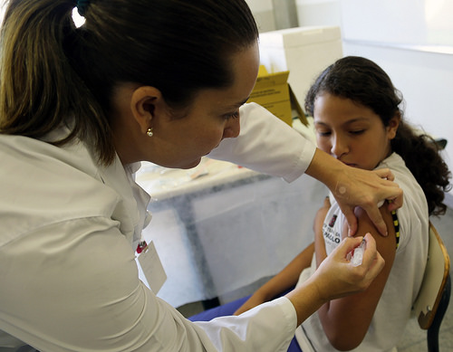 HPV Vaccination in Sao Paulo Brazil March 2014 (Image credit: World Health Organisation, source: flickr)