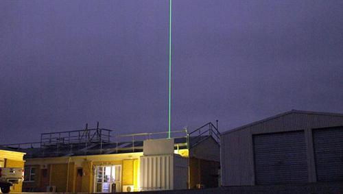 Ein beim neuseeländischen NIWA in Lauder in einem Container untergebrachtes mobiles LIDAR des DLR dient neben den Flugzeugmessungen als zusätzliche Informationsquelle zur Sondierung von Schwerewellen in der Mesosphäre. Image credit: DLR
