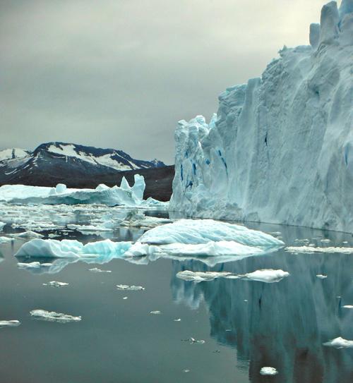 Icebergs in Sermilik Fjord, near the terminus of Helheim Glacier, in August 2013. (Photo credit: Magdalena Andres)