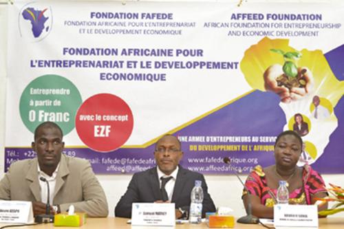 Samuel Mathey (center) has started the African Foundation for Entrepreneurship and Economic Development. Image credit: University of Delaware