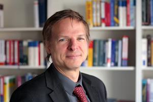Prof. Dr. Christian Klein. Foto credit: Uni Kassel.