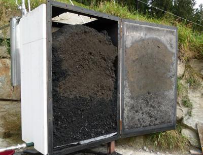 Die semi-industrielle Forschungsanlage in der Biogasanlage Hofer in Neustift. (Bild credit: Alexander Knapp)