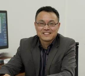 Xin-Nian Wang, physicist in the Nuclear Science Division at Berkeley Lab and managing principal investigator of the JET Collaboration. Image credit: Berkeley Lab