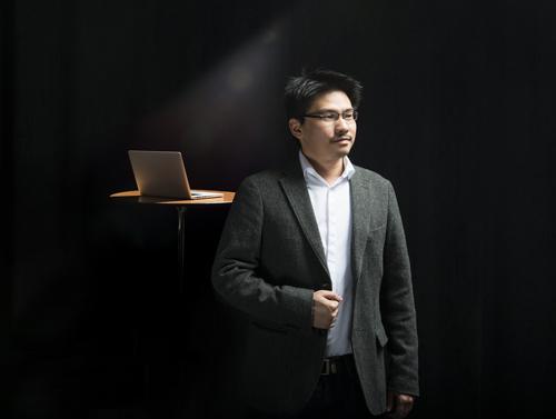 Professor Jason Chan Photo Credit: Carlson School of Management
