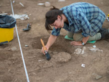 Excavation of skeleton, Ipplepen. Image credit: University of Exeter
