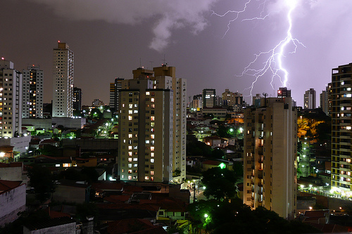São Paulo. Image credit: Flavio Ensiki (Source: Flickr, CC BY 2.0)