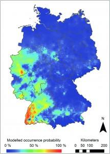 Modellierte Verbreitungsgebiete der Asiatischen Buschmücke in Deutschland. Warme Farben(auf einer Skala von blau bis rot) zeigen eine höhere Wahrscheinlichkeit der Besiedlung an. Image credit: © Senckenberg (click image to enlarge)