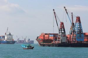 Ob ein Unternehmen am globalen Markt bestehen kann oder Schiffbruch erleidet, hängt auch von seiner Erfahrung ab. (Image credit: Stephen Kruso, Source: Flickr, CC BY-SA 2.0)