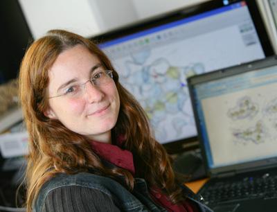 Dr. Daniela Schuster vom Institut für Pharmazie (Foto credit: Andreas Friedle)