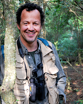 Eduardo Fernandez-Duque (Photo by C. Valeggia/Owl Monkey Project-Formosa-Argentina)