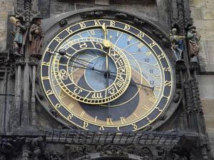 Wie vergeht Zeit? Mit dieser Frage beschäftigt sich Daniel Saudek. Image credit: Maros M r a z, Source: Wikipedia