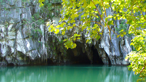 Cave entrace at Puerto Princesa Subterranean River National Park in Palawan, Philippines. Photo credit:  Jud Partin
