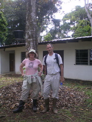 College of Biological Sciences faculty member Jennifer Powers poses with colleague Stefan Schnitzer from Marquette University. Their research found that lianas do indeed reduce the carbon uptake capacity of tropical forests. Photo Credit: Jennifer Powers