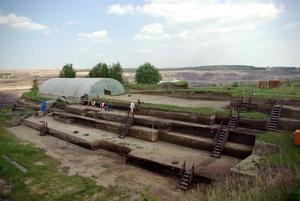 Die Schichtenabfolge auf der Fundstelle Schöningen führt bis zu 300.000 Jahre in die Menschheitsgeschichte zurück. Foto credit: Jordi Serangeli