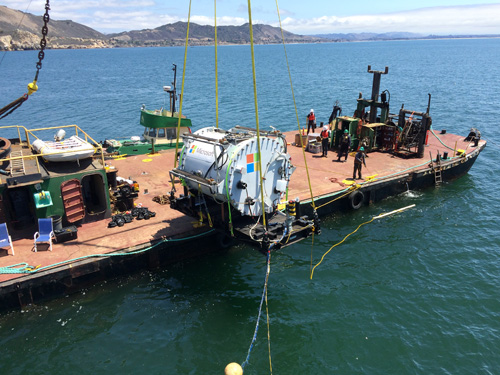 Project Natick vessel being deployed. Image credit: Microsoft