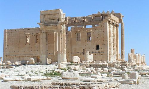 Der vor kurzem zerstörte Große Baaltempel in Palmyra ist ein Symbolbild für imperiale Erinnerungsräume. (Bild credit: Rollinger)