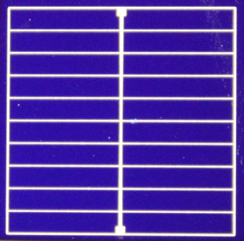 A photo of the DASH (dopant free asymmetric heterocontact) solar cell developed through an international collaboration. (Photo credit: James Bullock/Berkeley Lab, UC Berkeley, ANU)