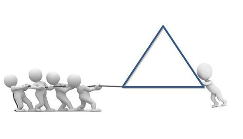 """""""Ein Push-Pull Cyclopropan ist genau wie ein Triangel, an welcher wir gleichzeitig ziehen und drücken. Dies ermöglicht weitere Ringöffnungsreaktionen"""" (Image copyright: Arbeitsgruppe Maulide, Universität Wien)."""