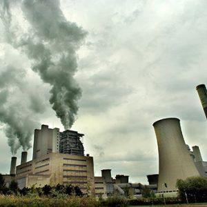 Kohlekraftwerk. Photo credit:  © Andrew Kerr / WWF