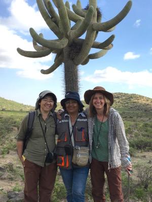 Teaching trio. Monica Arakaki, FátimaCaceres of Universidad National deArequipa, and Edwards led the expedition. Image credit: Lillian Hancock