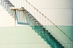 Wie man moralische Trittbrettfahrer zum Kooperieren bringt? Der Mathematiker Tatsuya Sasaki hat eine theoretische Lösung dafür entwickelt. Image credit: nachans (Source: Flickr)