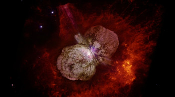 Huge, billowing gas and dust clouds are captured in this stunning NASA Hubble Space Telescope image of the supermassive star Eta Carinae. (Image credit: Nathan Smith/UA and NASA)