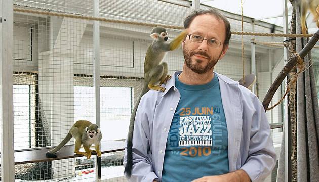 Der Kognitionsbiologe Tecumseh Fitch hat herausgefunden, dass Affen die physiologischen Voraussetzungen besitzen, um zu sprechen (Image copyright: Universität Wien)