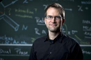 Marc Schumann will die Suche nach Dunkler Materie verbessern. Foto credit: Jürgen Gocke