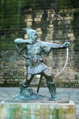 Robin-Hood-Denkmal vor dem Schloss in Nottingham. Image credit: Olaf1541 (Source: Wikipedia)