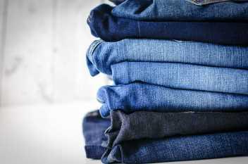 Rund 10 bis 15 Prozent der Weltproduktion von Jeans wird bereits gelasert. Image credit: Marco Verch (Source: Flickr)