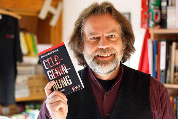 Prof. Dr. Björn Frank. Foto credit: Uni Kassel.