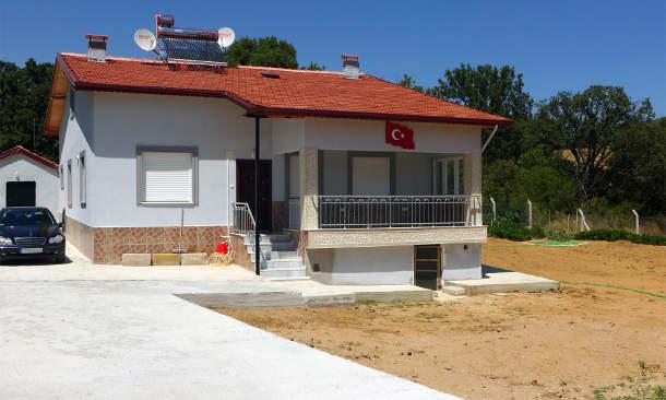 Haus eines Rückkehrers in Yeniceköy. (Image credit: Claudius Ströhle)