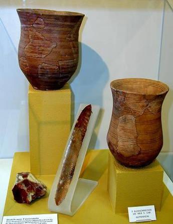 Die aktuelle Studie konnte zwei konkurierende Theorien zur Verbreitung des Glockenbechers in Europa bestätigen. Dieser stammt aus Sierentz in Frankreich (Image credit: Wikipedia)