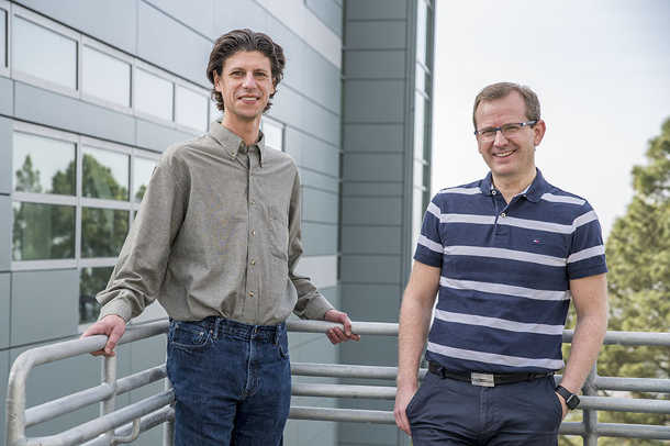 Sean Peisert (left) and Hein Meling (right) at Lawrence Berkeley National Laboratory (Berkeley Lab). Photo by Marilyn Chung, Berkeley Lab