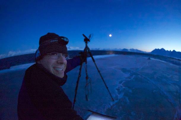 UD marine scientist Jonathan Cohen studies winter darkness in the Arctic. Photo credit Evan Krape.